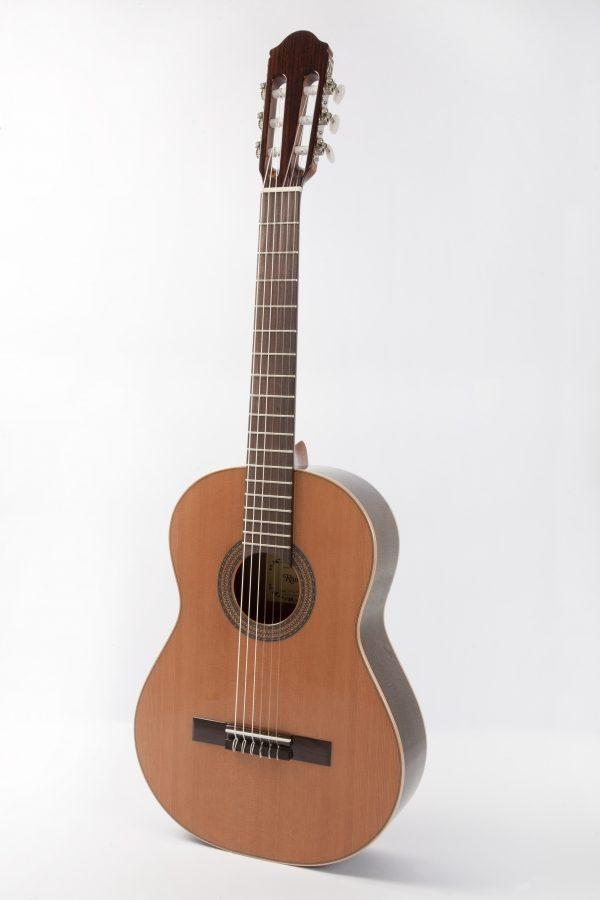 Raimundo 1492 klassisk guitar i 1/2 og 3/4