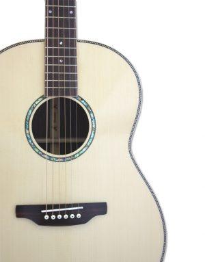 Aria MSG-05-N Top akustisk guitar detalje